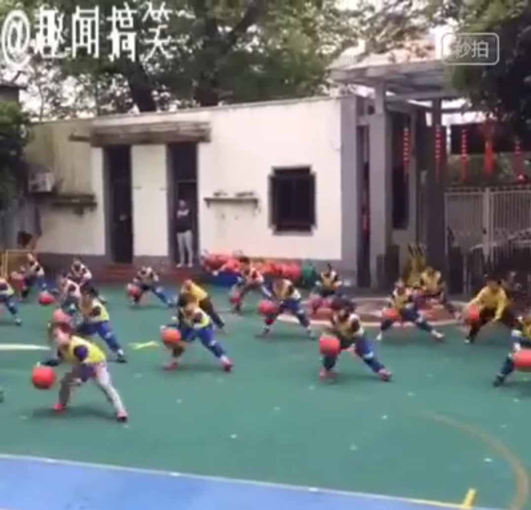 Amazing Chinese Kids Basketball Dance Routine